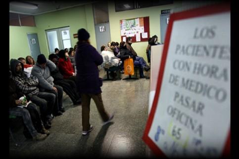 Thumbnail - FONASA condona deuda de $133 mil millones a pacientes en diálisis