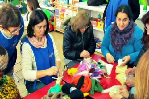 Thumbnail - Continúan los talleres de manualidades para mamás