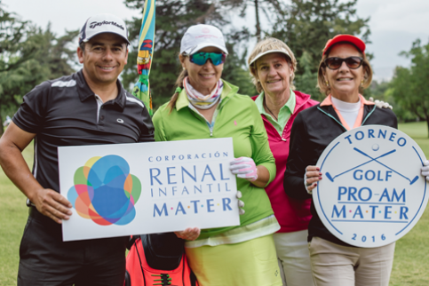 Thumbnail - Con gran convocatoria se realiza Torneo de Golf en ayuda de los niños de MATER