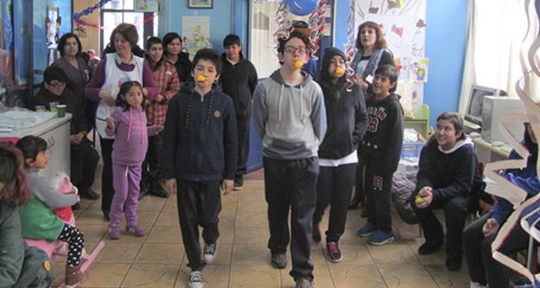Voluntarias MATER celebran Fiestas Patrias con nuestros pacientes