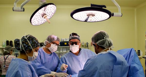 Operativo Quirúrgico en Curicó finaliza con éxito